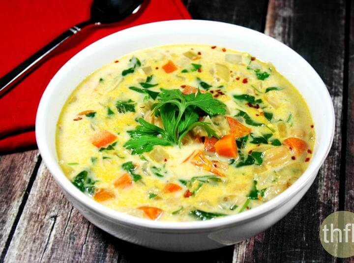 Creamy Vegan Vegetable Minestrone Soup