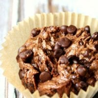 Flourless Vegan Chocolate Blender Muffins | The Healthy Family and Home