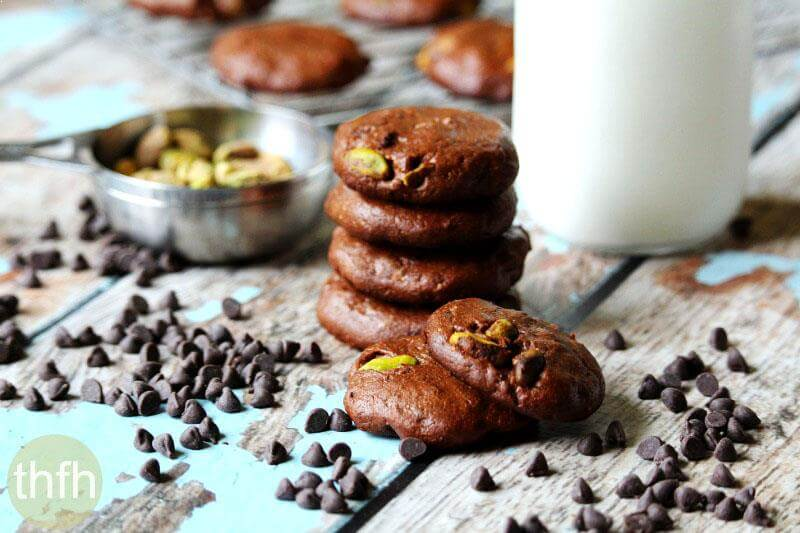 Flourless Vegan Chocolate Pistachio Cookies | The Healthy Family and Home