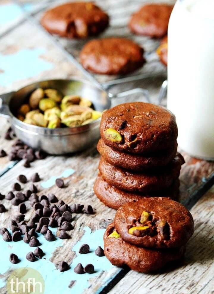 Flourless Vegan Chocolate Pistachio Cookies