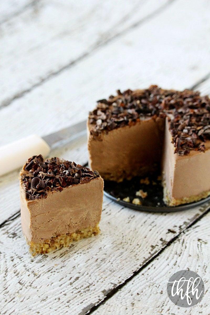Raw Vegan Chocolate Banana Cheesecake | The Healthy Family and Home