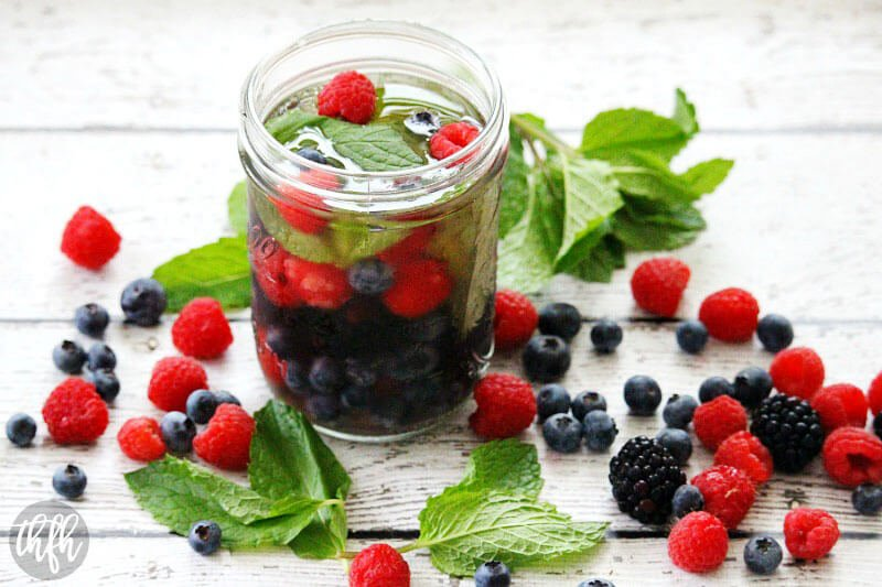 Fresh Berry and Mint Spa Water | The Healthy Family and Home