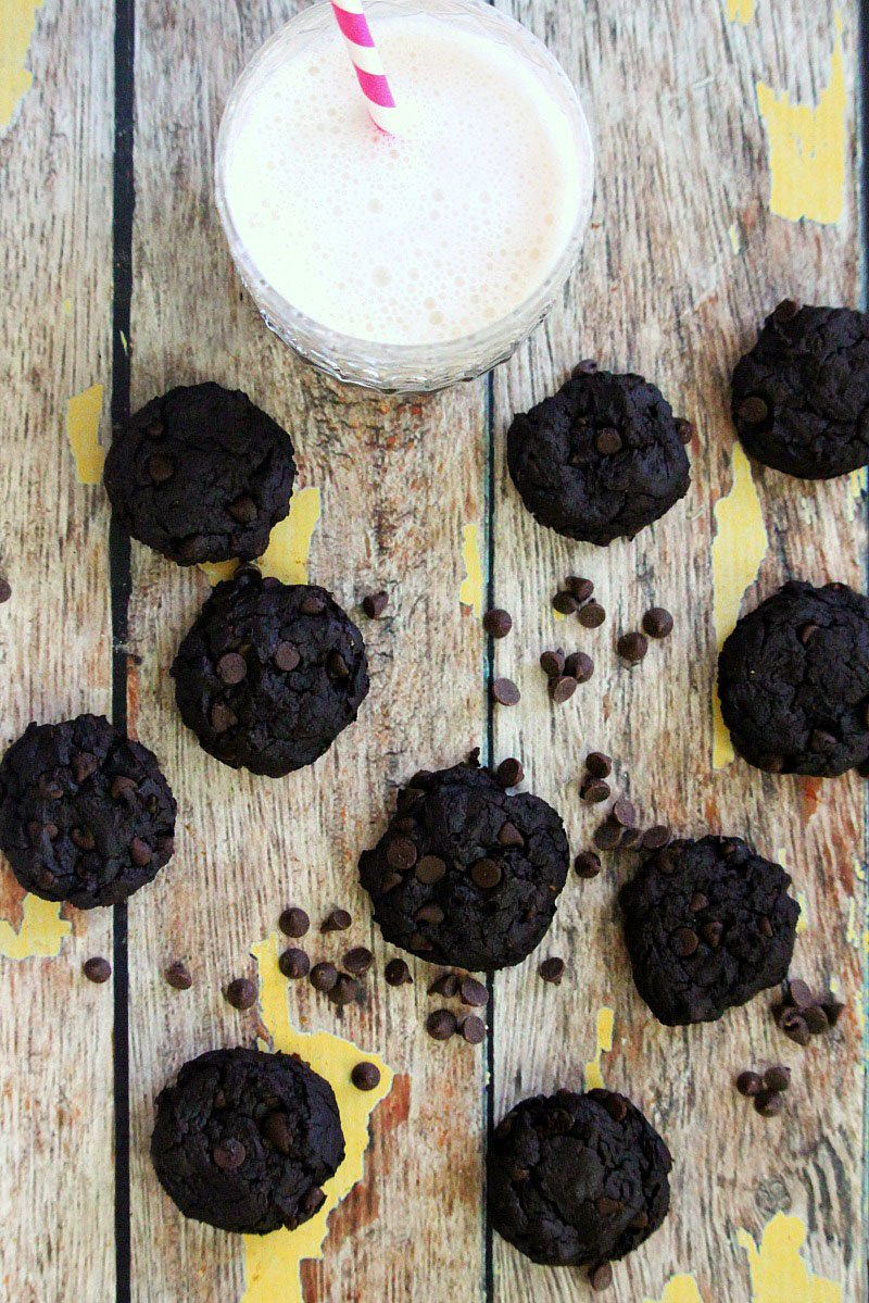 Gluten-Free Vegan Flourless Fudgy Chocolate Avocado Cookies | The Healthy Family and Home