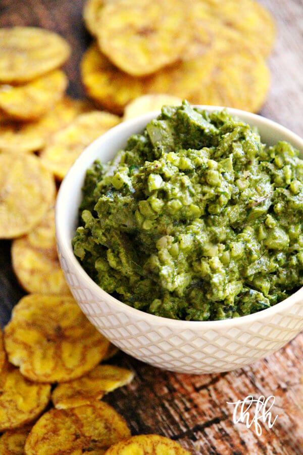 Lectin-Free Vegan Basil Pesto and Cauliflower Rice Dip