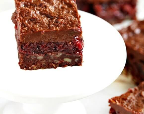 Gluten-Free Vegan Raw No-Bake Black Forest Bars