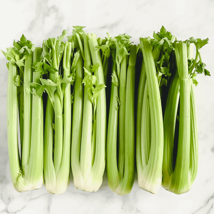 Celery Juice, what does it do and should you drink it